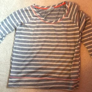 Striped light weight sweatshirt